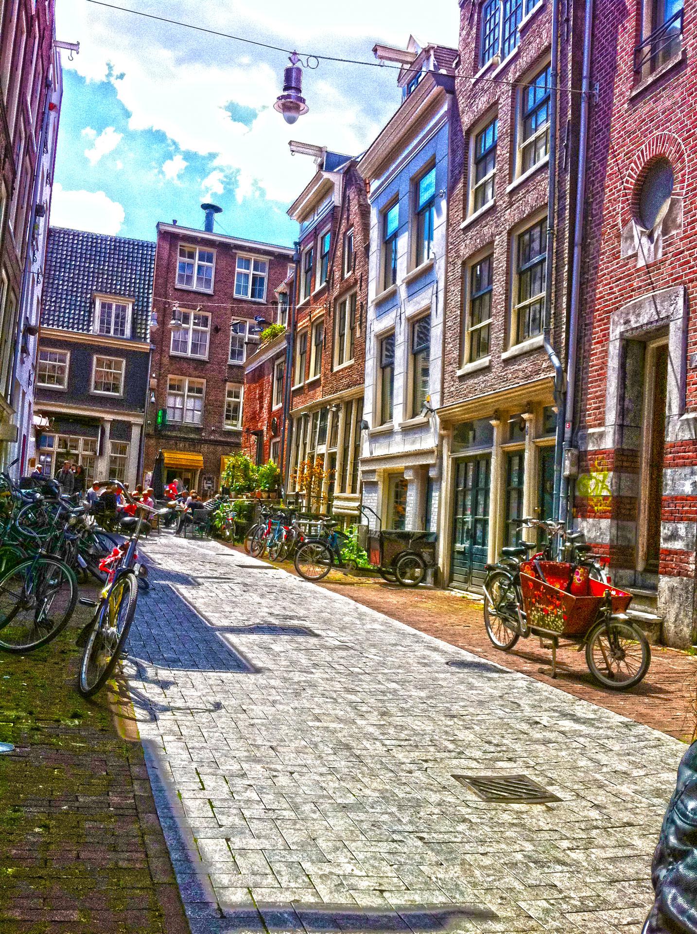 STREET. (AMSTERDAM)